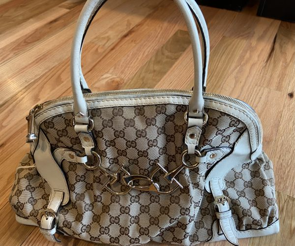 Gucci Shoulder Bag with cream leather trim, with horse bit buckle